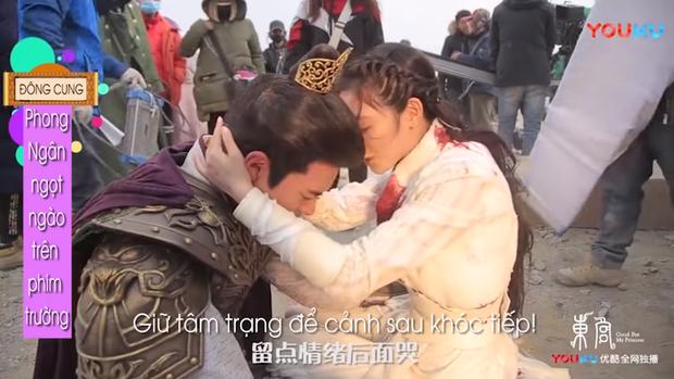 Hot lại hậu trường ngược tâm nhất Đông Cung: Lý Thừa Ngân khóc suýt hôn mê, Tiểu Phong dỗ ngọt 3 câu mà nín ngay - Ảnh 6.
