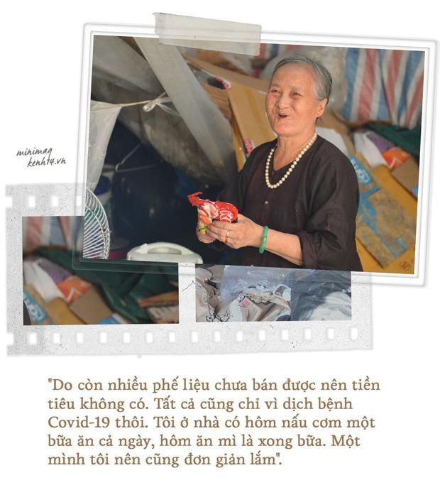 Khu ổ chuột Hà Nội những ngày giãn cách: Người dân sống nhờ gạo cứu trợ nhưng vẫn còn đó những nụ cười lạc quan - Ảnh 6.