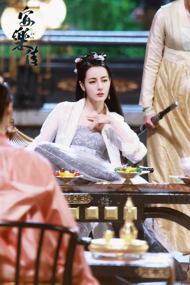 Nhiệt Ba hóa yang hồ dẫn Cung Tuấn theo sau cực tức cười, An Lạc Truyện sắp thành phim tình yêu hắc bang? - Ảnh 1.