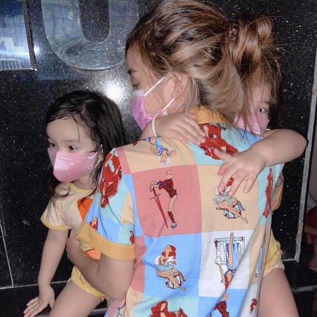 Nửa đêm vợ cũ Hoài Lâm ôm 2 con tháo chạy khỏi chung cư, trải qua 1 tiếng hoảng hồn vì lý do này! - Ảnh 3.