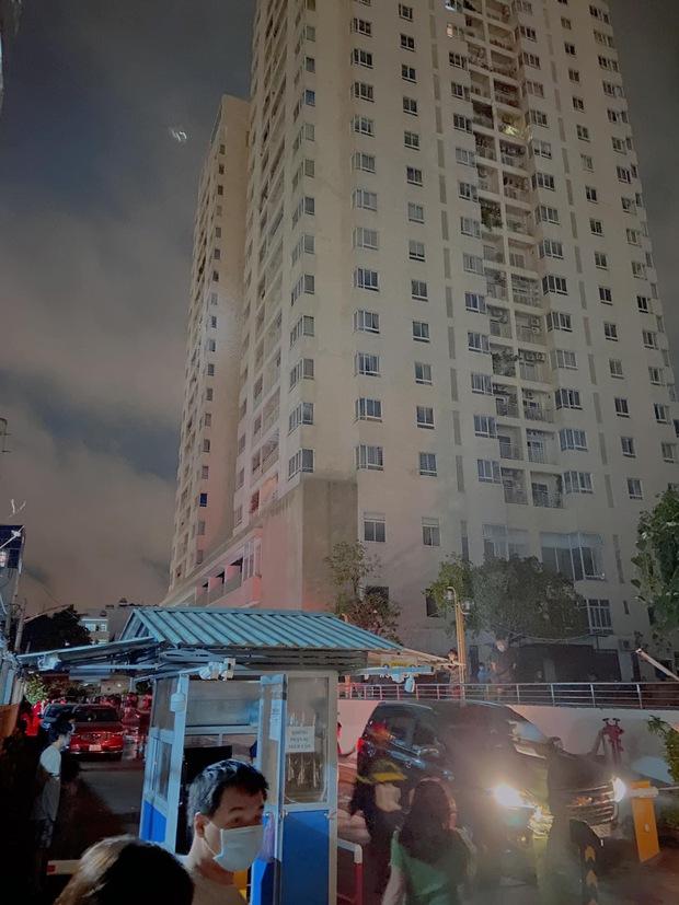 Nửa đêm vợ cũ Hoài Lâm ôm 2 con tháo chạy khỏi chung cư, trải qua 1 tiếng hoảng hồn vì lý do này! - Ảnh 4.