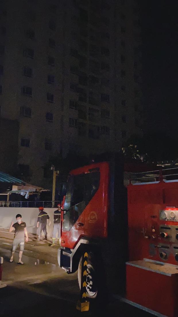 Nửa đêm vợ cũ Hoài Lâm ôm 2 con tháo chạy khỏi chung cư, trải qua 1 tiếng hoảng hồn vì lý do này! - Ảnh 5.