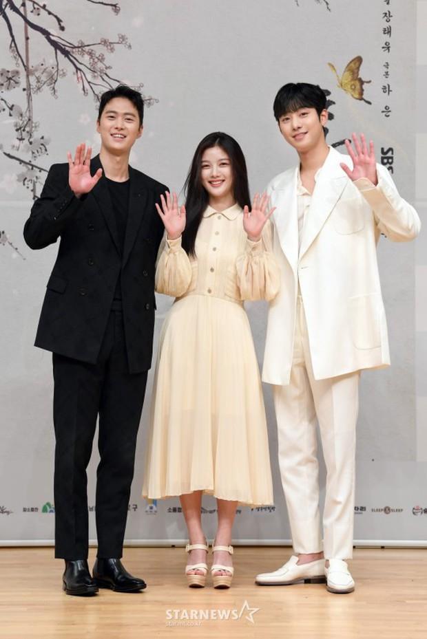 Sự kiện biến thành bữa tiệc visual: Sao nhí một thời Kim Yoo Jung tái xuất xinh xỉu, Ahn Hyo Seop như cây sào át cả 2 tài tử cực phẩm - Ảnh 9.