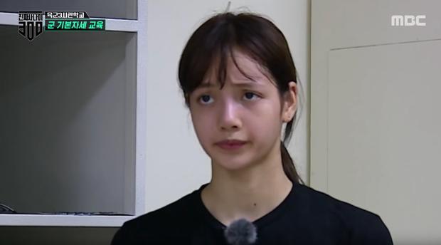 Mặt mộc sao nữ Hàn đi show quân đội: Lisa & ác nữ Penthouse đẹp xuất sắc, gây sốc nhất là người cuối cùng! - Ảnh 3.