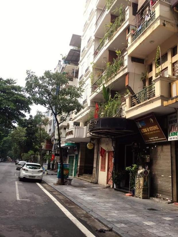 Giữa mùa dịch khách sạn phố cổ Hà Nội rao bán gần 2 tỷ đồng/m2 - Ảnh 1.