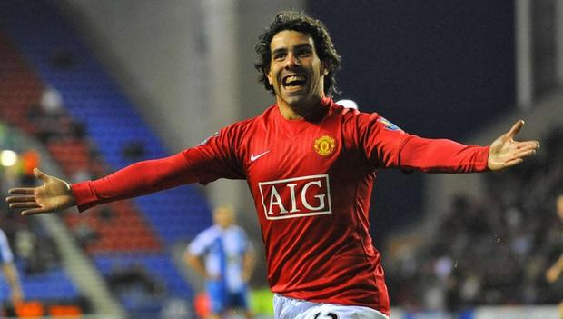 Top 5 ngôi sao từng khoác áo cả MU và kẻ thù Man City: Có người từng nguyền rủa HLV huyền thoại Sir Alex Ferguson - Ảnh 1.