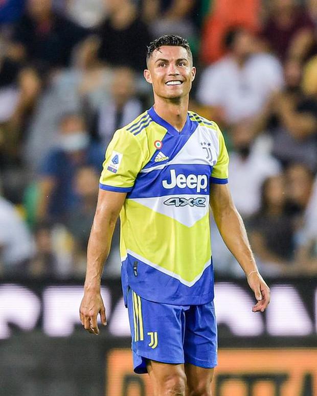 Tin Ronaldo chính thức về Man City là fake news - Ảnh 3.