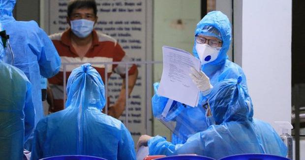 Ngày 27/8, 10.126 bệnh nhân được công bố khỏi bệnh, hơn 18 triệu liều vắc xin đã được tiêm - Ảnh 1.