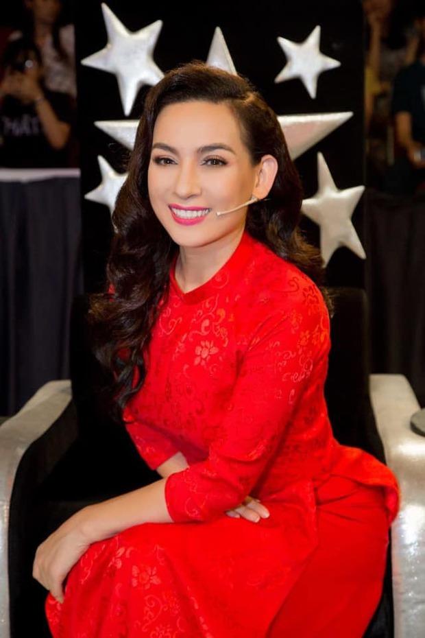 Nhiều nghệ sĩ đăng tải status vĩnh biệt Phi Nhung khiến khán giả hoang mang, đại diện nữ ca sĩ phản ứng gắt: Đó là tin giả! - Ảnh 5.