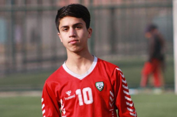 Anh trai tiết lộ lời nói của cầu thủ bóng đá Afghanistan trước khi tử vong thương tâm vì rơi khỏi máy bay khiến dư luận thêm xót xa - Ảnh 2.