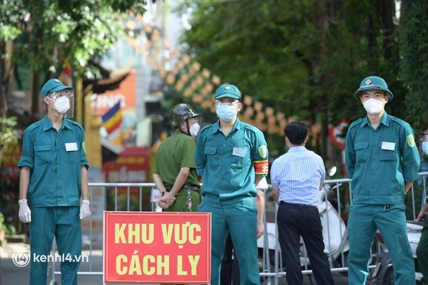 Toàn cảnh 6 ổ dịch mới ở Hà Nội diễn biến phức tạp với tổng 639 ca Covid-19 - Ảnh 4.