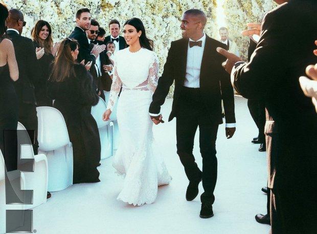 Chuyện như đùa: Rộ ảnh Kanye West và Kim Kardashian làm đám cưới lần 2 chỉ sau 6 tháng ly hôn, chuyện gì đây? - Ảnh 4.