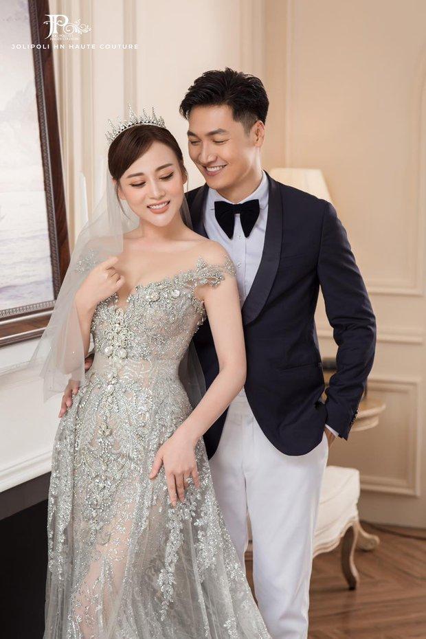 Hương Vị Tình Thân tung trọn bộ ảnh cưới hàng xịn của Nam - Long, đẹp miễn chê nhưng đằng trai vẫn... đút tay túi quần - Ảnh 4.