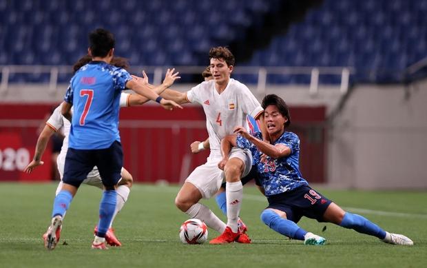 Bán kết Olympic 2020: Tây Ban Nha khiến đội chủ nhà Nhật Bản ôm hận bằng siêu phẩm trong hiệp phụ - Ảnh 2.