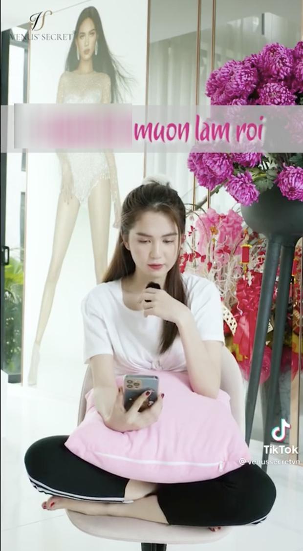 Sau Châu Bùi, Ngọc Trinh gây tranh cãi vì bị đào lại clip đọc tiếng Việt không dấu với nội dung dễ hiểu nhầm thành nhạy cảm - Ảnh 3.