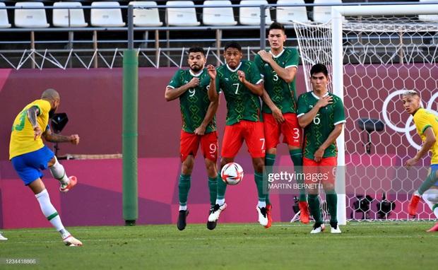 Hủy diệt Mexico trên chấm luân lưu cân não, Brazil vào chung kết Olympic 2020 - Ảnh 11.