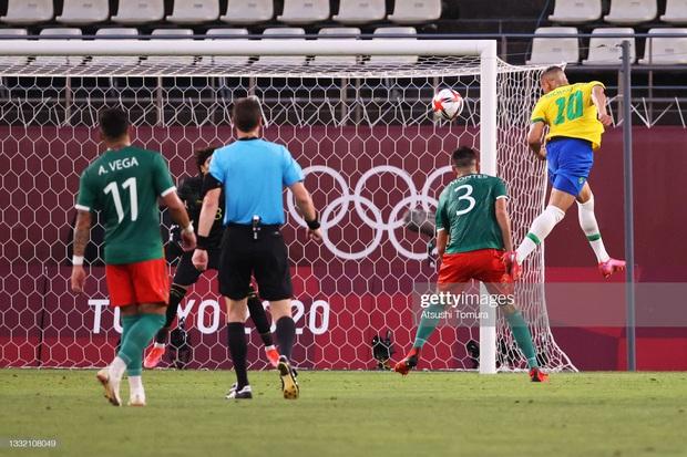 Hủy diệt Mexico trên chấm luân lưu cân não, Brazil vào chung kết Olympic 2020 - Ảnh 5.