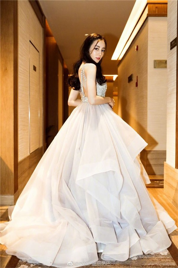 Những nàng công chúa đẹp kinh diễm nhất Cbiz: Angela Baby - Dương Mịch đẹp nghẹt thở, vẫn bị Nhiệt Ba diễm lệ đè bẹp - Ảnh 15.