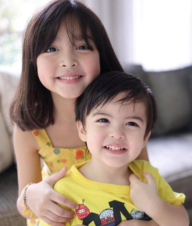 Mỹ nhân đẹp nhất Philippines khoe ảnh đôi long phượng cực phẩm, cậu em đẹp long lanh không át nổi cô chị xinh như thiên thần - Ảnh 3.