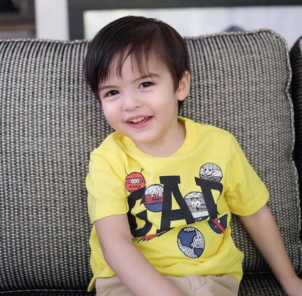 Mỹ nhân đẹp nhất Philippines khoe ảnh đôi long phượng cực phẩm, cậu em đẹp long lanh không át nổi cô chị xinh như thiên thần - Ảnh 5.
