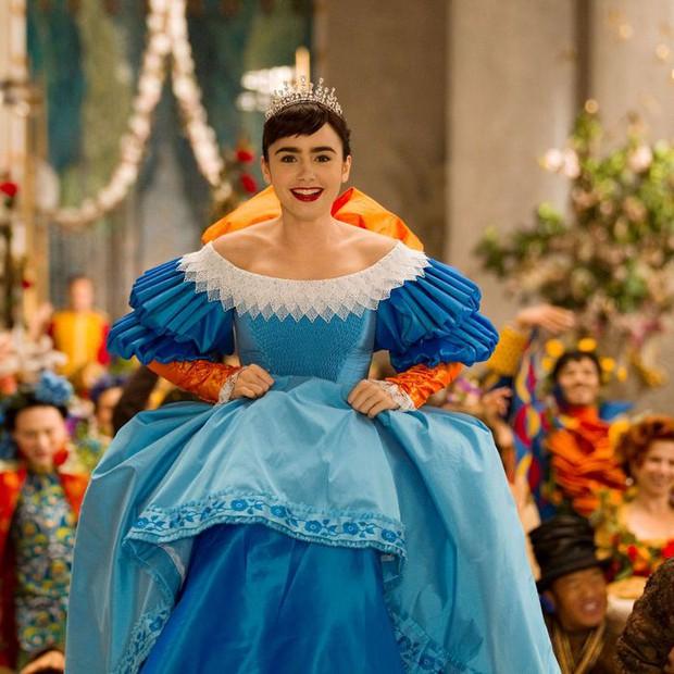 Tạo hình 6 nàng công chúa Disney phiên bản live action: Elle Fanning, Lily Collins đỉnh khỏi bàn, riêng Lưu Diệc Phi bị la ó - Ảnh 7.