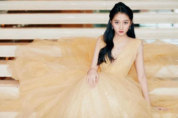 Những nàng công chúa đẹp kinh diễm nhất Cbiz: Angela Baby - Dương Mịch đẹp nghẹt thở, vẫn bị Nhiệt Ba diễm lệ đè bẹp - Ảnh 41.