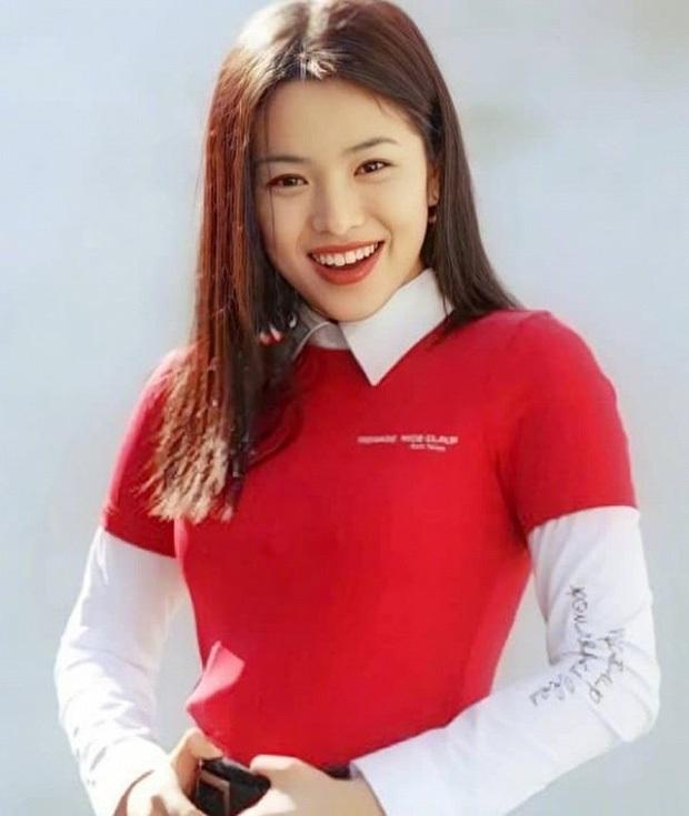 Sẽ như thế nào nếu Song Hye Kyo trở về thời xì-tin dâu như 20 năm trước? - Ảnh 5.