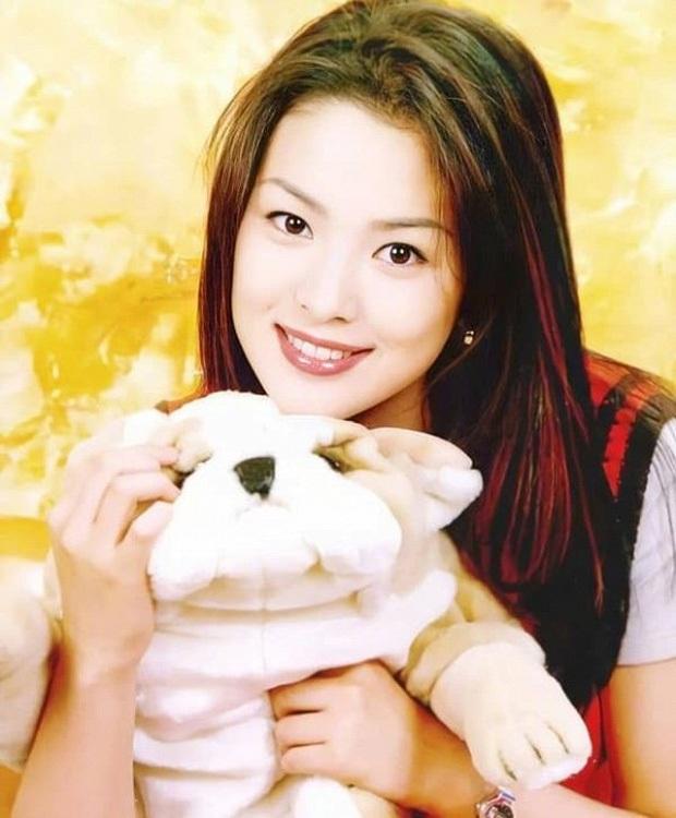 Sẽ như thế nào nếu Song Hye Kyo trở về thời xì-tin dâu như 20 năm trước? - Ảnh 6.