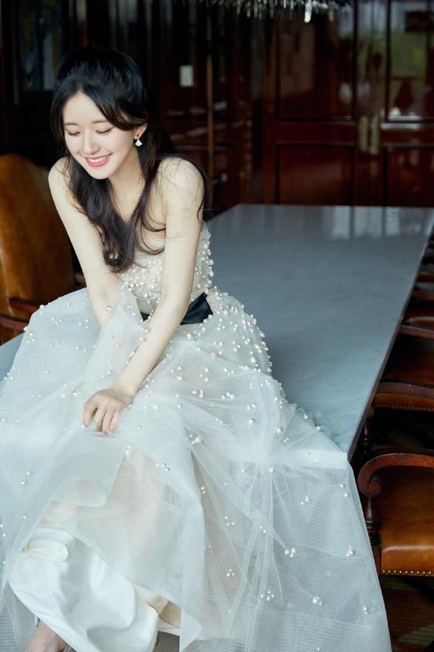 Những nàng công chúa đẹp kinh diễm nhất Cbiz: Angela Baby - Dương Mịch đẹp nghẹt thở, vẫn bị Nhiệt Ba diễm lệ đè bẹp - Ảnh 33.