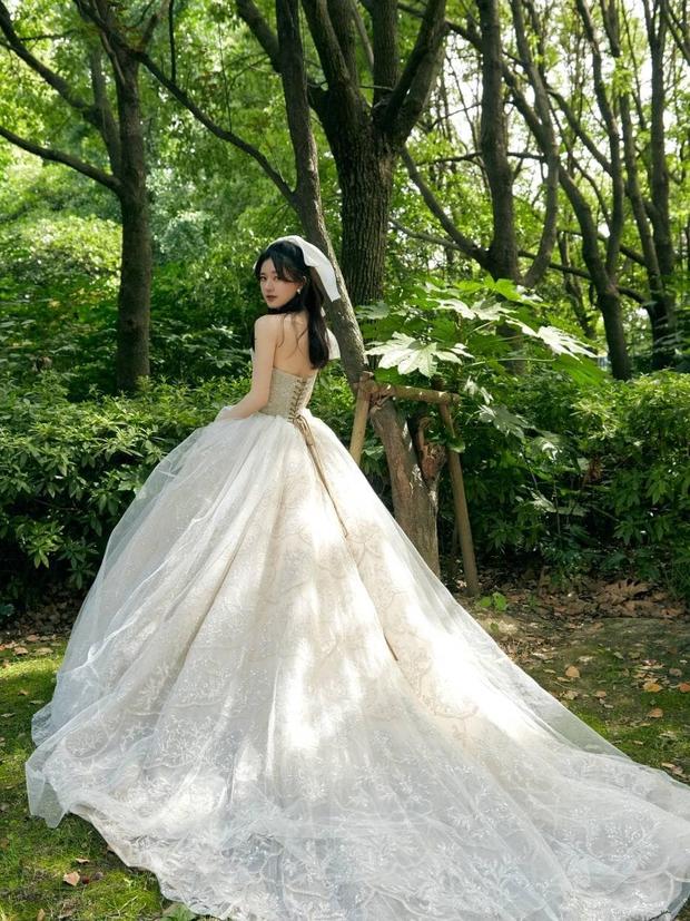 Những nàng công chúa đẹp kinh diễm nhất Cbiz: Angela Baby - Dương Mịch đẹp nghẹt thở, vẫn bị Nhiệt Ba diễm lệ đè bẹp - Ảnh 30.