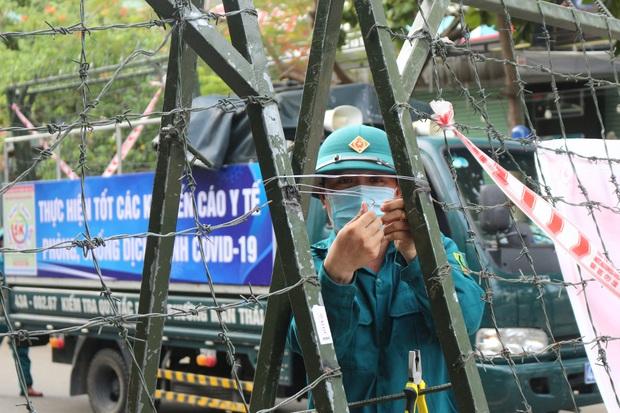 Thêm 93 ca Covid-19, Đà Nẵng thiết lập vùng cách ly y tế tại nhiều khu vực ở quận Sơn Trà - Ảnh 3.