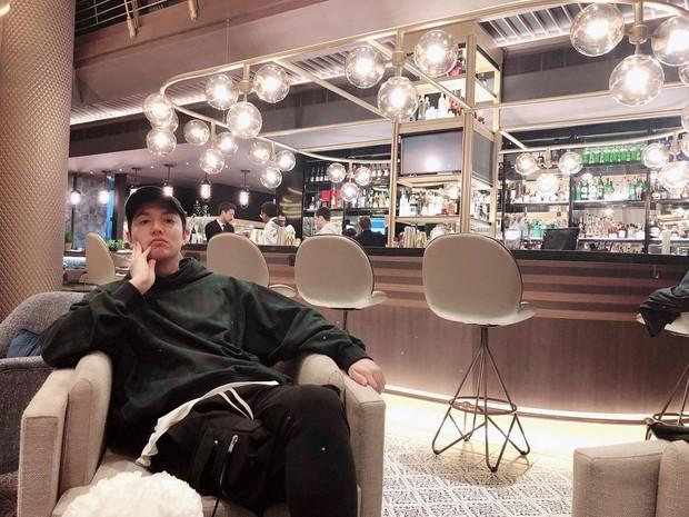 Chóng mặt với loạt sao hạng A của Hàn nhưng vào Instagram cứ tưởng… nick clone: Ông tổ out nét, bà chúa rung lắc, dòm hình mà ngỡ chụp lúc động đất! - Ảnh 1.