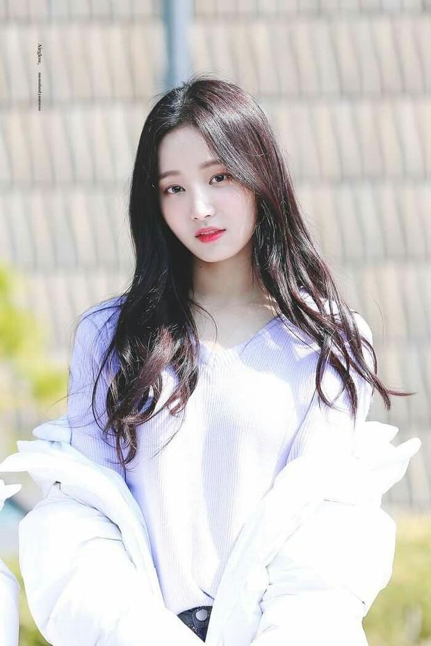 Yeonwoo (MOMOLAND) - nữ idol vừa bị Dispatch bóc hẹn hò cùng Lee Min Ho là ai? - Ảnh 3.