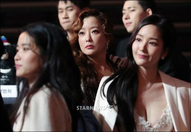 3 bạn gái của Lee Min Ho: Toàn mỹ nhân vừa ngây thơ vừa sexy, Park Min Young - Suzy level nữ thần, Yeonwoo thắng về độ phô bày - Ảnh 8.