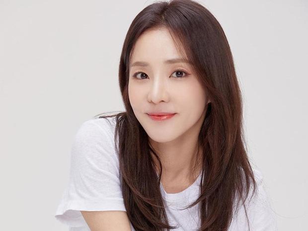 Từng là chị cả nhiệt huyết của YG nhưng nữ idol vẫn quyết từ chức giám đốc PR và dằn mặt: Tôi chỉ làm việc cho các cô gái của tôi thôi - Ảnh 5.