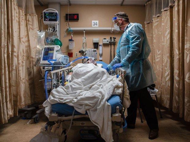 Mỹ sắp đi vào vết xe đổ của địa ngục Covid Ấn Độ: Bệnh viện quá tải, oxy cạn kiệt, thảm họa kép xuất hiện - Ảnh 3.