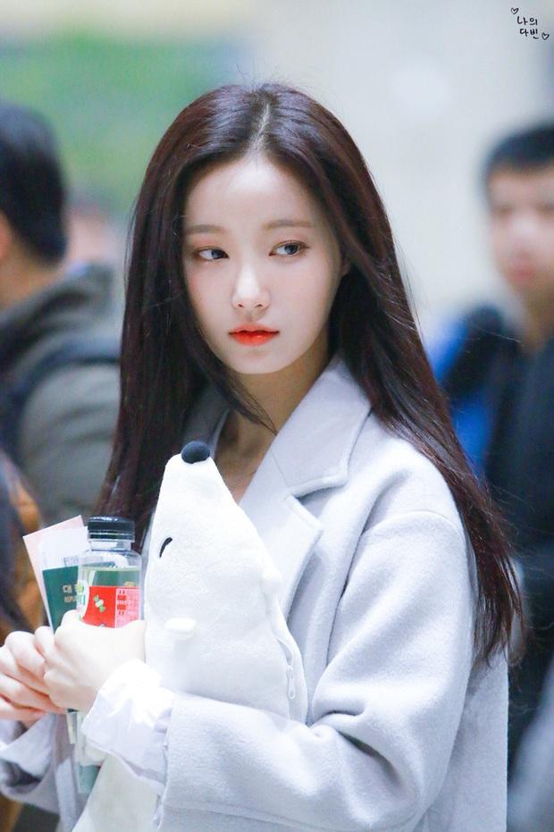 3 bạn gái của Lee Min Ho: Toàn mỹ nhân vừa ngây thơ vừa sexy, Park Min Young - Suzy level nữ thần, Yeonwoo thắng về độ phô bày - Ảnh 21.