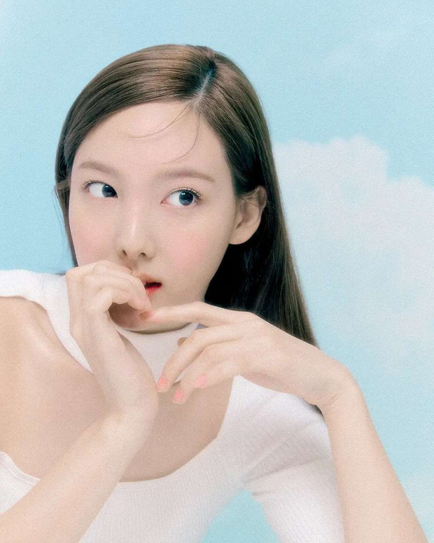 Giờ netizen mới nhận ra TWICE còn 1 mỹ nhân khác đẹp chẳng kém Tzuyu, thậm chí còn được so với nữ thần Kpop thế hệ đầu - Ảnh 7.