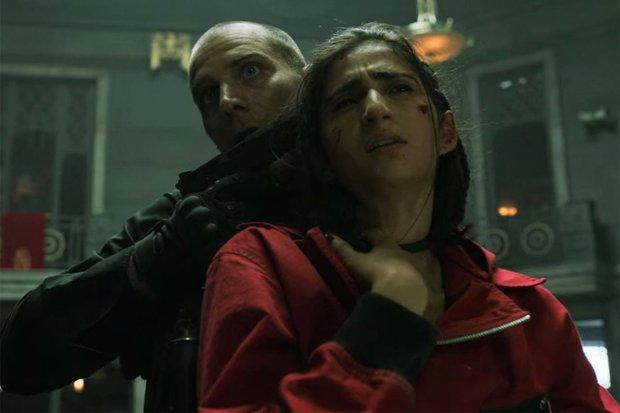 Nhân vật Nairobi dù đã bị giết chết ở Money Heist thì khả năng vẫn có thể quay trở lại ở mùa 5? - Ảnh 2.