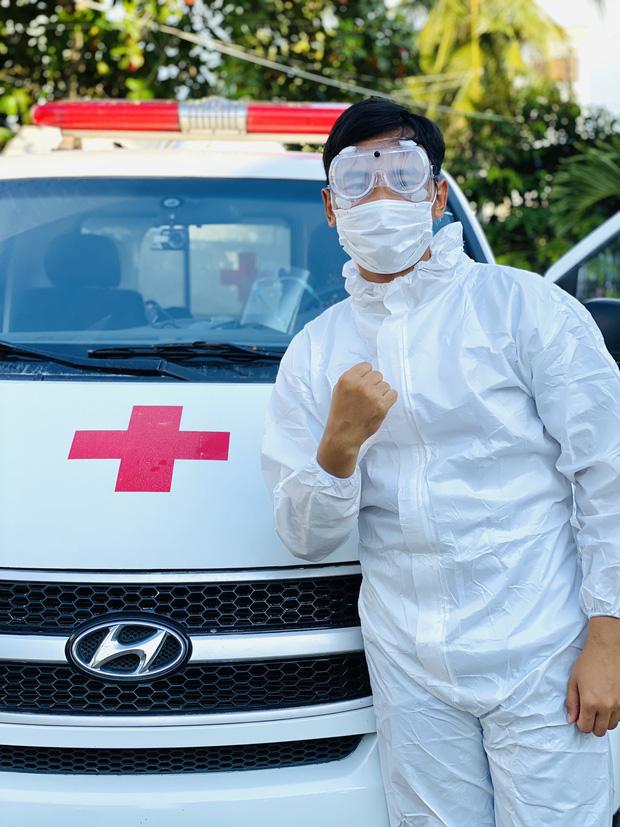 Nam sinh tình nguyện làm tài xế cấp cứu chở F0, có ngày chở cả trăm ca: Lái xe thì dễ nhưng lái xe cấp cứu lại là 1 chuyện khác! - Ảnh 4.