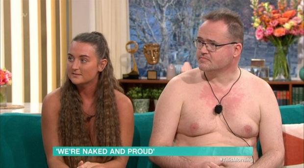 Một cặp đôi trần như nhộng lên TV để đấu tranh cho người thích... khỏa thân - Ảnh 3.