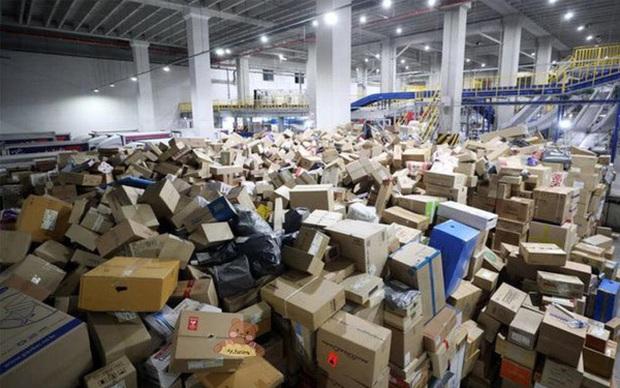Thêm một cái chết của shipper hé lộ hiện thực tàn khốc của ngành giao nhận ở Hàn Quốc, bất chấp tính mạng để hàng đến tay khách nhanh nhất - Ảnh 6.