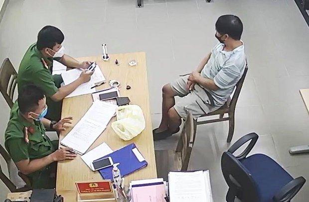 Chở vợ đi xem các chốt kiểm soát dịch, người đàn ông còn đòi kiểm tra giấy tờ của tổ công tác - Ảnh 1.