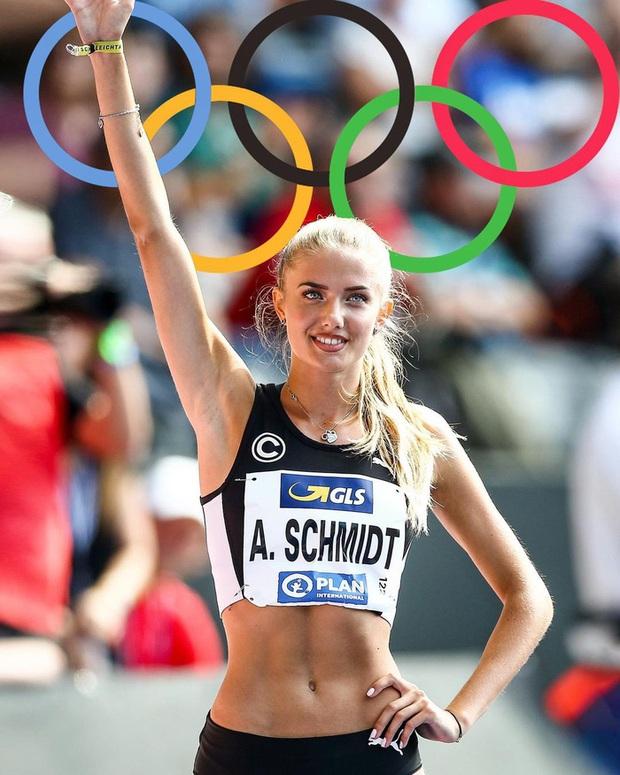 Đăng video khoe vẻ đẹp nữ thần trong thời gian dự Olympic, VĐV quyến rũ nhất thế giới bất ngờ nhận về cơn mưa chỉ trích - Ảnh 2.