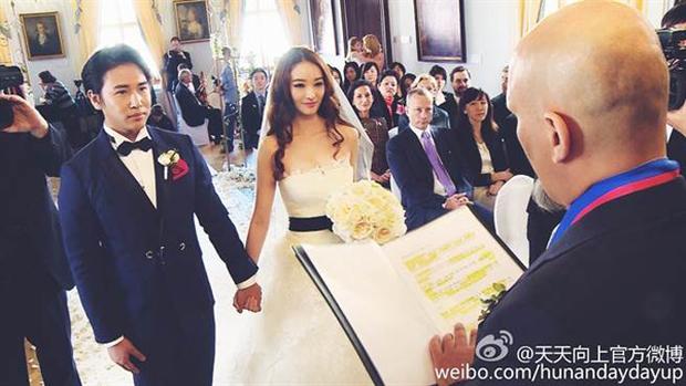 Cbiz lại thêm 1 cặp toang: Tài tử Lương Sơn Bá - Chúc Anh Đài bất ngờ tuyên bố ly hôn sau 6 năm chung sống - Ảnh 2.