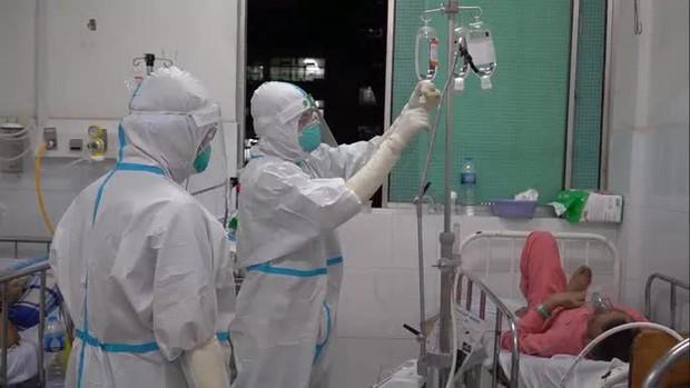 TP.HCM sẽ chi hỗ trợ cho lực lượng tuyến đầu phòng, chống dịch Covid-19 - Ảnh 1.