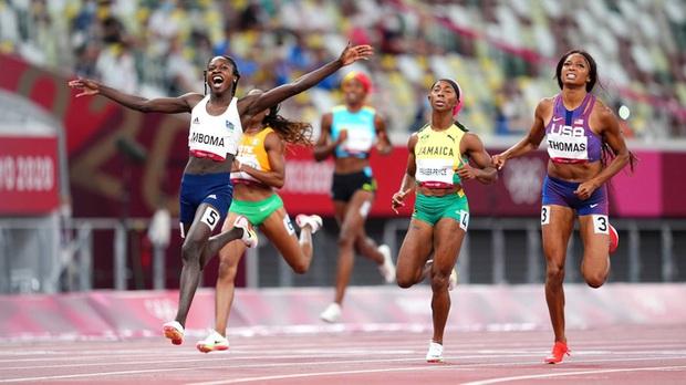 Tranh cãi nữ VĐV điền kinh giành huy chương bạc Olympic có... nội tiết tố nam cao gấp 3 lần người thường - Ảnh 1.