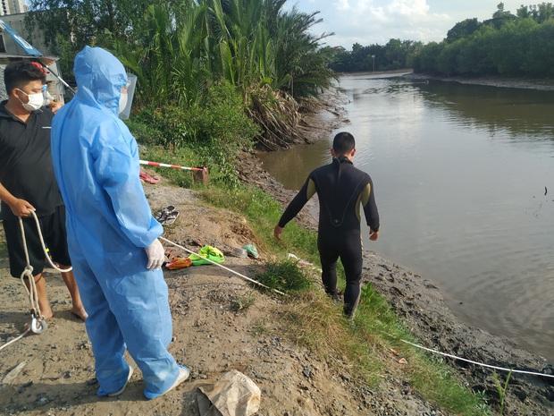 TP.HCM: 2 thanh niên đi bắt cá giữa dịch Covid-19, 1 người đuối nước tử vong - Ảnh 1.