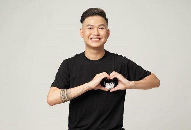Rambo Cao Lãnh bị Facebook sờ gáy, cấm đăng và bình luận, Linh Ngọc Đàm cười như được mùa? - Ảnh 1.