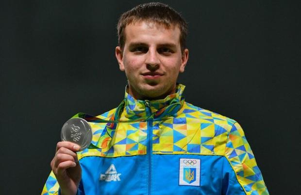 Xạ thủ Ukraine thực hiện bài thi toàn điểm 0, nghe xong lý do mọi người vừa thương, vừa không thể nhịn cười - Ảnh 3.